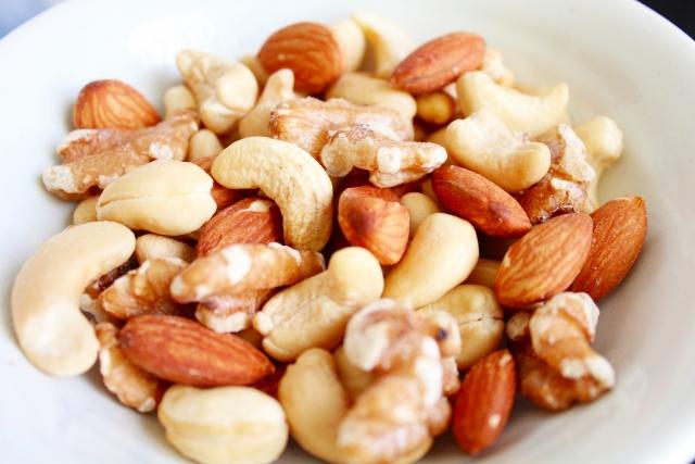 妊娠中のナッツ