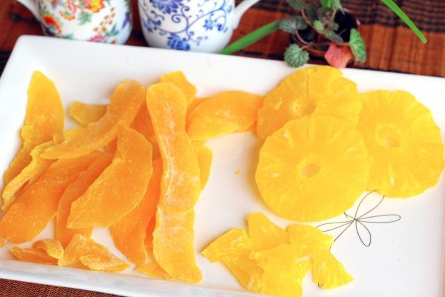 葉酸とドライフルーツ